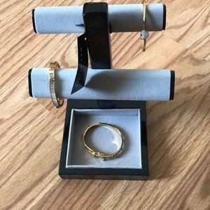 Jewelry - Max studio Jewelry Holder